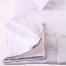 Chemise blanche à poignets mousquetaires tissu twill
