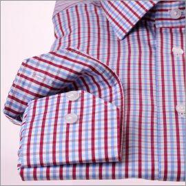 Chemise à carreaux bleus, blancs et bordeaux