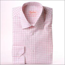Chemise blanche à carreaux roses