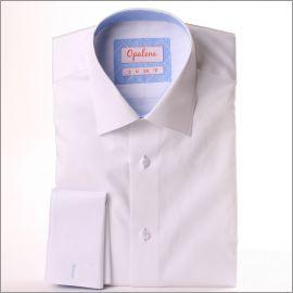 Chemise blanche à col et poignets mousquetaires à motifs géométriques bleu ciel