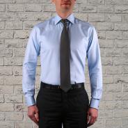 Col italien avec cravate