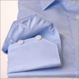 Chemise à fines rayures bleues