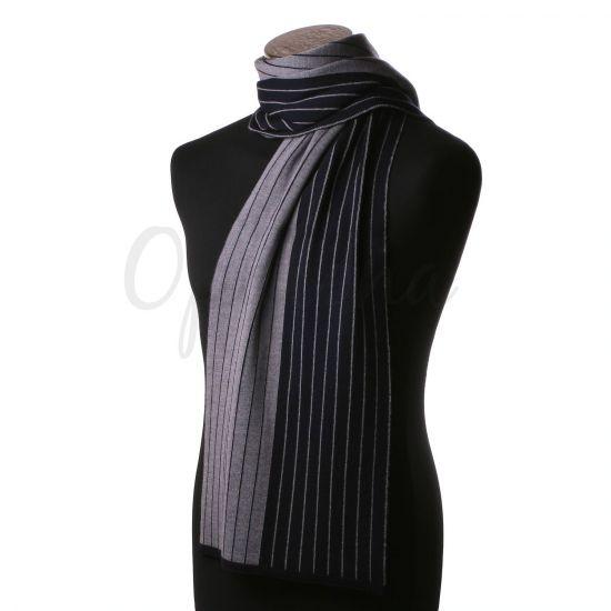 Echarpe à rayures grises et noires