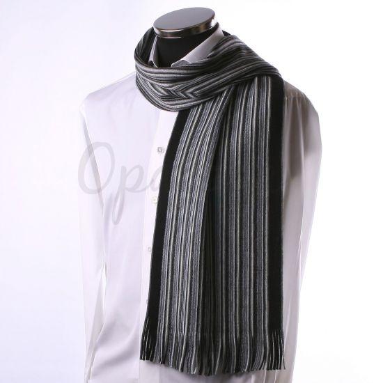 Echarpe à fines rayures grises et noires